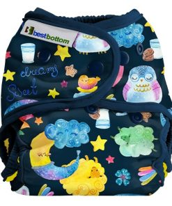 Best Bottom Diaper Cover, PUL-skal med månar och lamm.